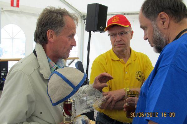 2012-lahden-mestaruuskilpailut-tuomo-olin-pekka-kaeaeriaeinen-goeran-roennbladA4442623-22FB-2814-28CC-606ABACFF3E0.jpg